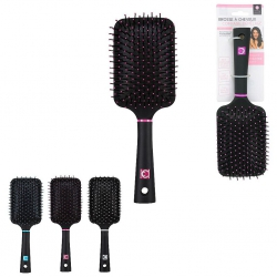 BROSSE A CHEVEUX CARREE